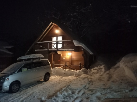 冬の妙高2号棟