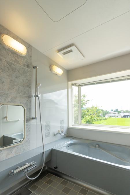 富士山ビューコテージ浴室(展望風呂)