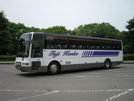安全な貸切バスを手配可能(別途有料)