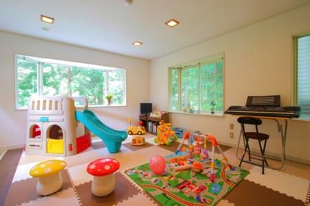 絵本やおもちゃのあるプレイルーム