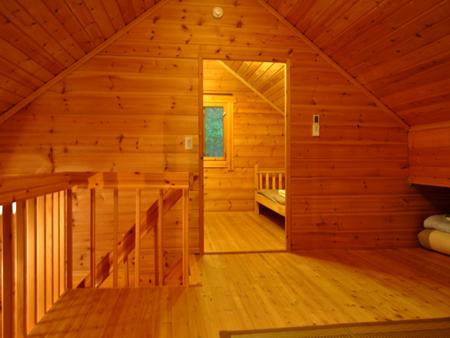 山荘ロフトと2階寝室です。