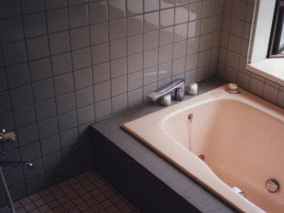 浴室(ジャグジー付き)