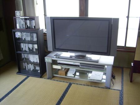 2階の巨大52インチ液晶テレビAQUOS