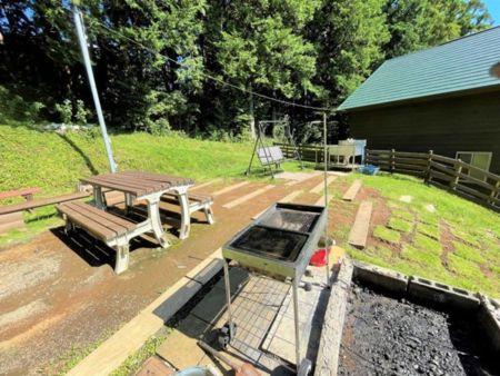 檜の壁の浴室(直接温泉は引いていません)