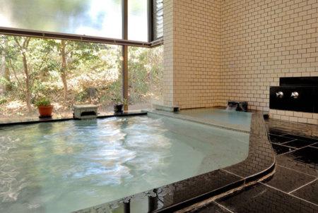 男女別温泉大浴場で心も躰もリフレッシュ
