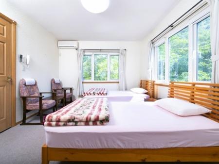 清潔で美しい客室は7部屋