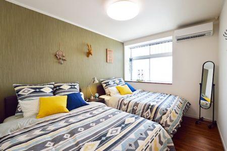 山をイメージした寝室2