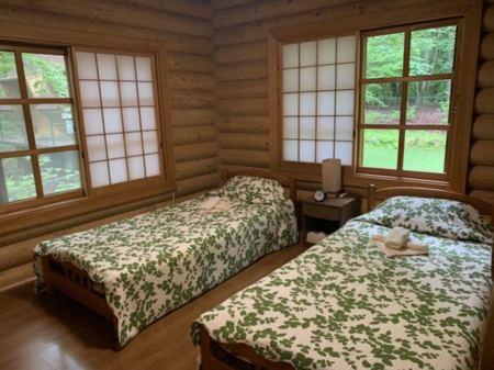 Bedroom/1階