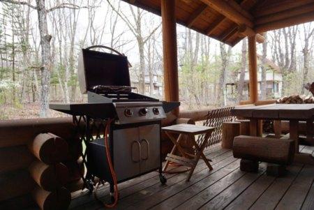 屋根付き BBQグリル(無料)