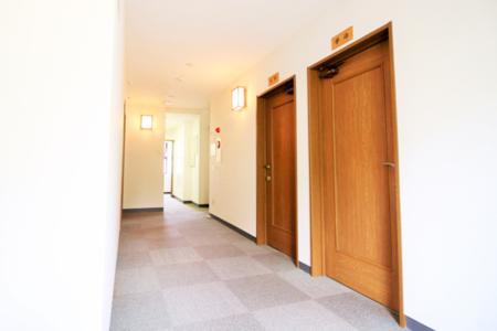 全てのお部屋は鍵付き個室となっております
