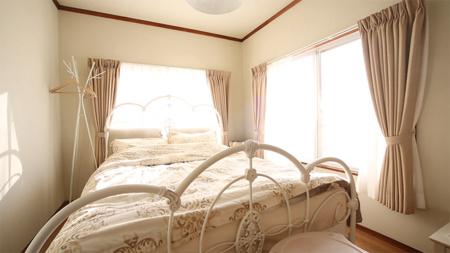 クイーンルーム(Bedroom2)