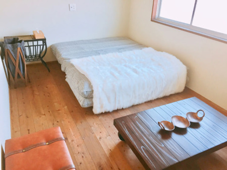 クイーンSBルーム(Bedroom3)