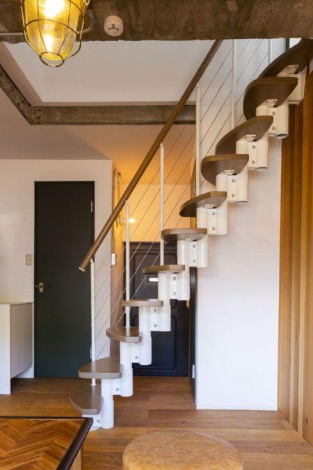 106同様ドイツ製階段