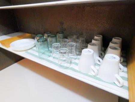 グラス・皿類もご用意しております