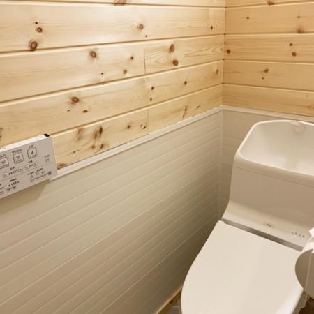 ベッドルーム棟のトイレはウォシュレット付