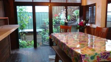 別館の花壇も季節でかわる