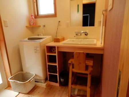 洗面室+洗濯機