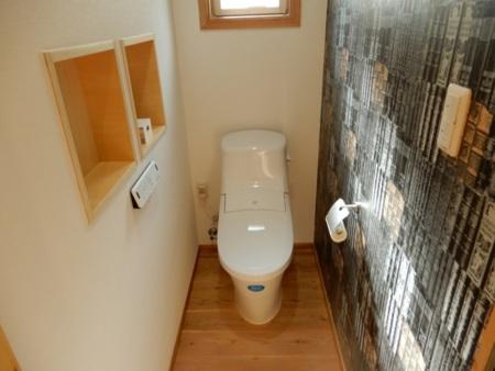 浴室隣りのトイレ