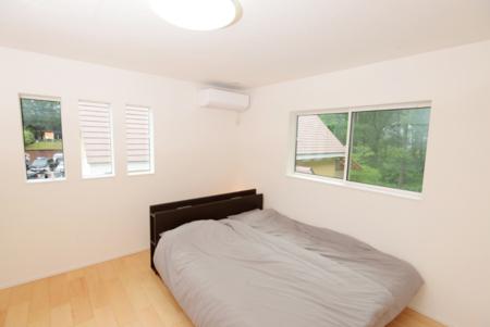 2階寝室01