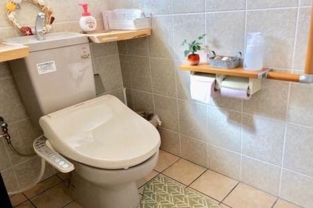 清潔感のあるウォシュレットトイレ