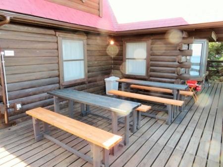 お部屋は2ルームでベッドが10台です。