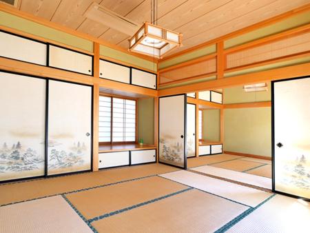 和室は二部屋繋げて広く使えるのも便利です
