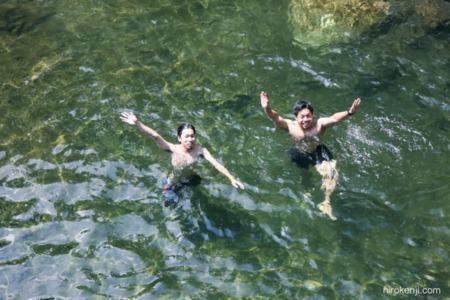 泳げる川は徒歩10秒!