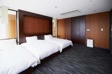 セミダブル2台、シングル1台の寝室