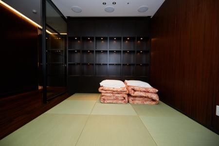 和風タイプのお部屋には布団が3組用意