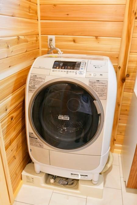 連泊も安心の乾燥機付きドラム式洗濯機です