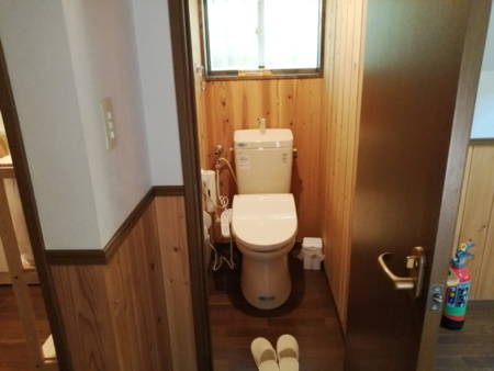 トイレはウオシュレット付きです