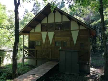 大自然の中の貸別荘