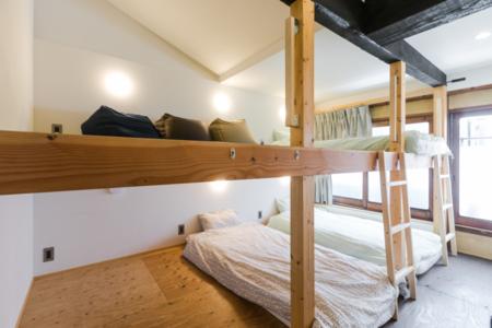 2階個室(4名定員)