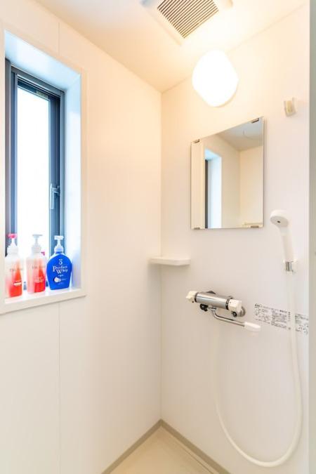 2階にもシャワー室完備