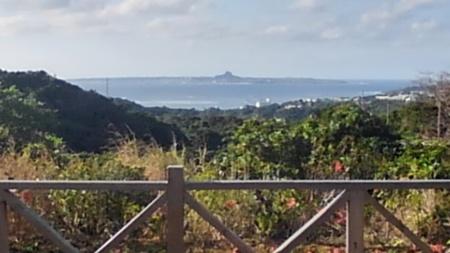 テラスから、西海岸が眺望できます。