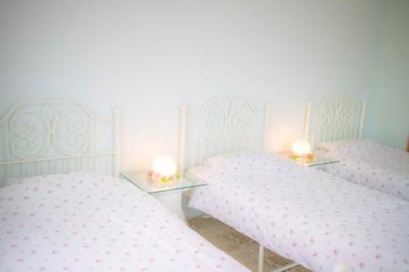 寝室2:写真映えのする寝室です