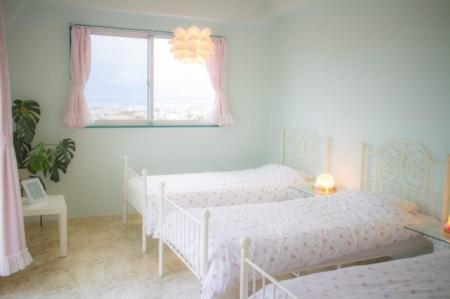 寝室2:寝室から海も見えます^^