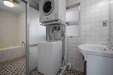 洗濯機、ガス乾燥機も完備