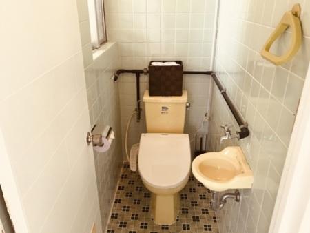 2階、3階、ともにバストイレ別