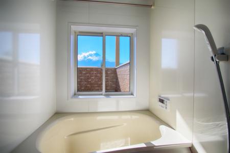富士山が見えるバスルーム