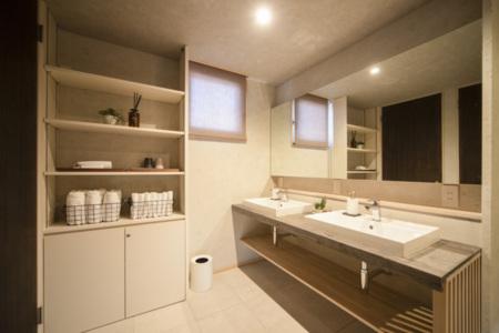 洗面室(Washroom)