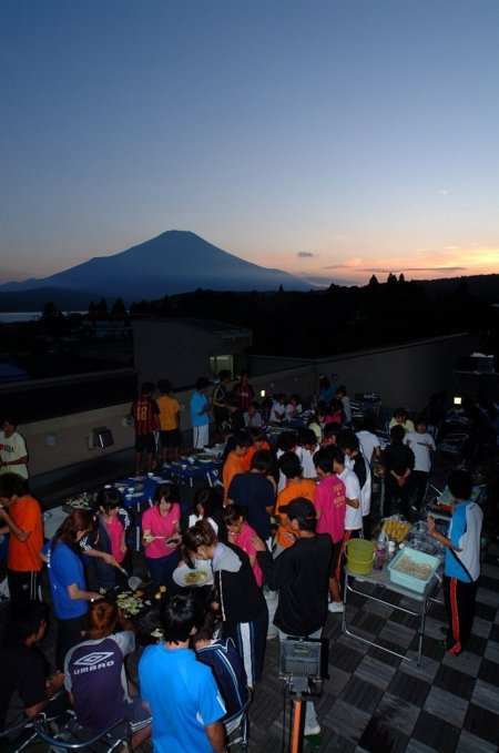 富士山を眺めながらのBBQ