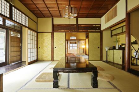 主寝室と居間(茶室)
