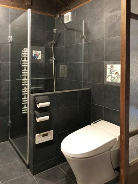 主寝室用シャワー&トイレ