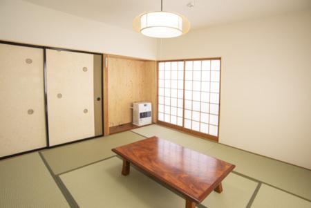 2階和室3部屋目(8畳)