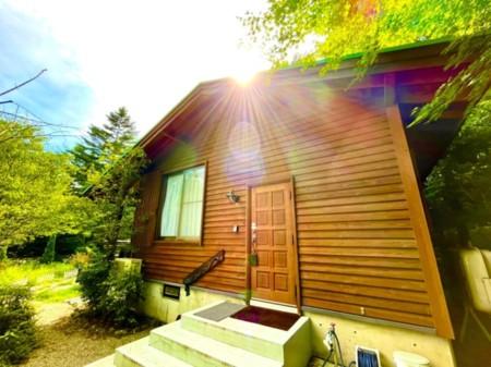 緑にかこまれ癒される寝室