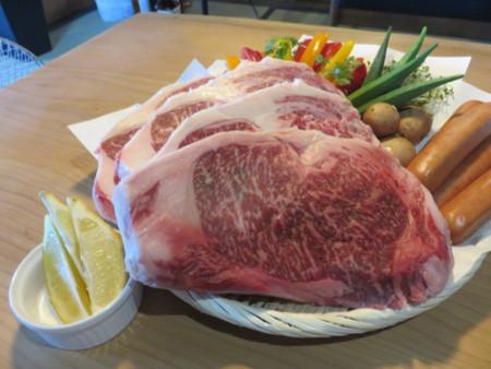 美味しいお肉を持ち込んでお肉三昧!