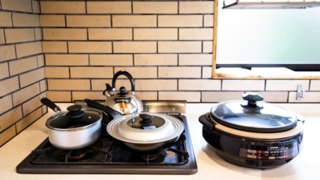 基本的な調理器具が揃っています