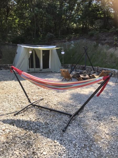 持ち込みでテントOKです。キャンプ気分も