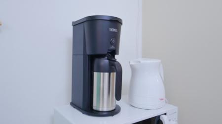 コーヒーメーカーや電気ケトルもあります